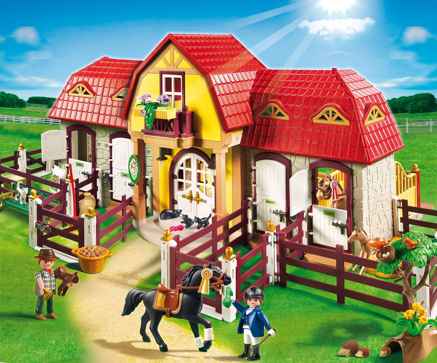 playmobil large horse farm with paddock best educational. Black Bedroom Furniture Sets. Home Design Ideas