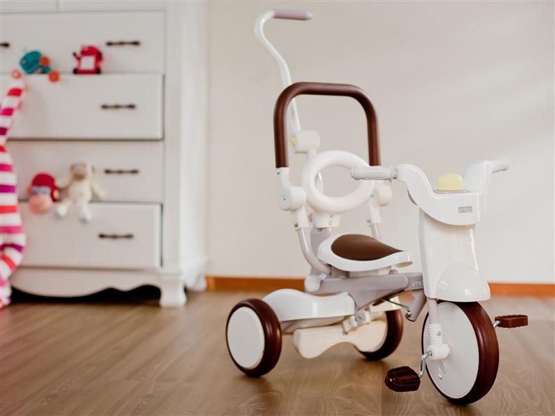 Iimo Foldable Trike Tricycle 2 Gentle White Best
