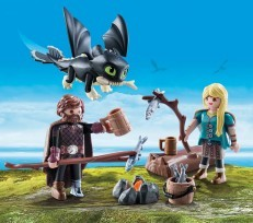 Playmobil DreamWorks Dragons Hiccup & Astrid with Baby 70040